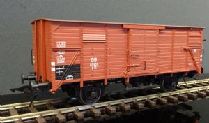 42210-10 DB Covered Wagon G10